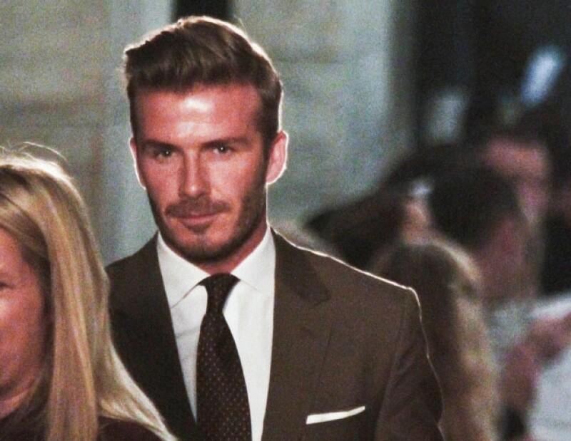 David Beckham acompañó a su esposa en su momento.
