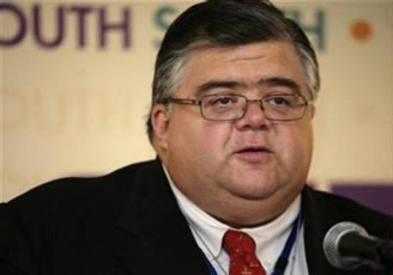 El secretario de Hacienda, Agustín Carstens, entregó el paquete económico 2010 a la Cámara de Diputados. (Foto: Reuters)