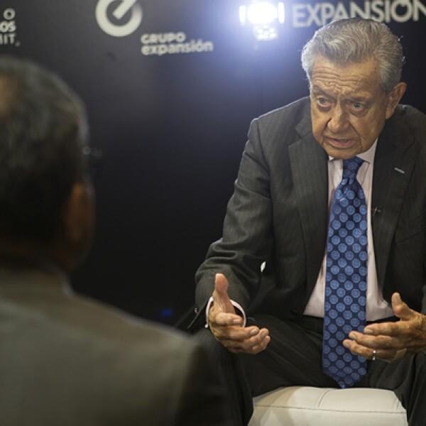 El presidente del foro, quien también es presidente de Interjet, explicó a Expansión las razones por las que la aerolínea dejó la  Cámara Nacional de Aerotransportes.