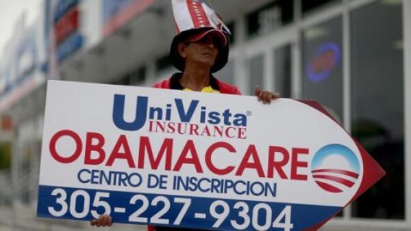 El programa 'Obamacare' sobrevive por el momento a Trump