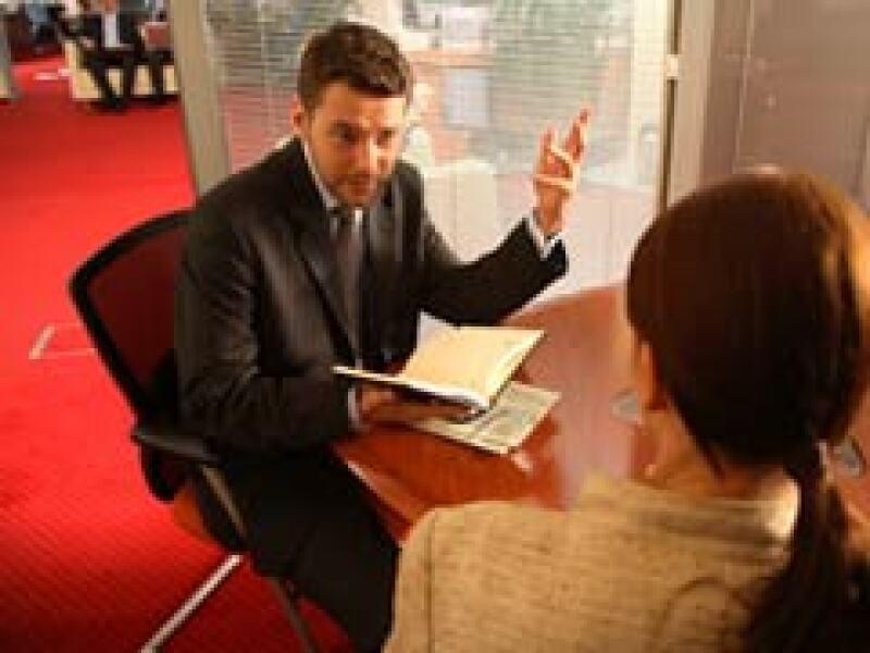 La firma afirma que los asesores de seguros en México no alcanzan para cubrir la demanda de servicio. (Foto: Archivo)