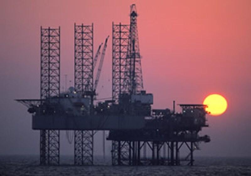 PDVSA fue sancionada por enviar a Irán dos embarques de componentes para elaborar gasolina. (Foto: Photos to Go)