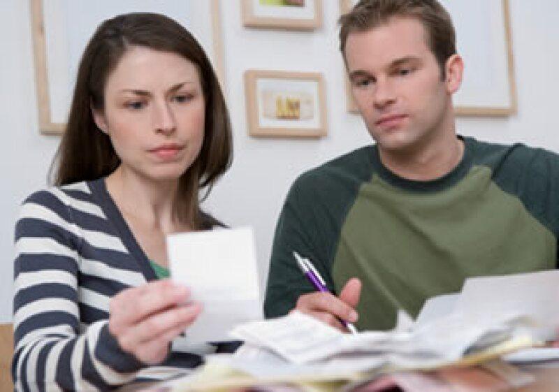 El buró de crédito puede guardar tus comportamientos crediticios por 7 años o más. Entrar puede ser fácil, pero salir… (Foto: Jupiter Images)