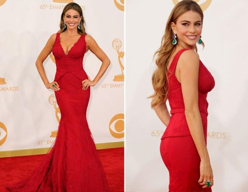 A pesar de que la actriz desfiló sola por la alfombra roja, agradeció en entrevista la presencia del empresario a quien se refirió como `mi novio´.