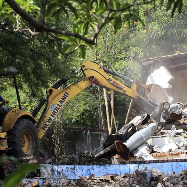 demolicion de casas de antonio noriega