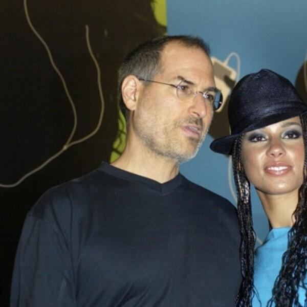 steve jobs presentacion iTunes Alicia Keys 15 junio 2004