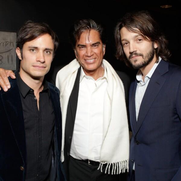 Los Charolastras, Gael y Diego junto al cantante José Luis Rodríguez `El Puma´.