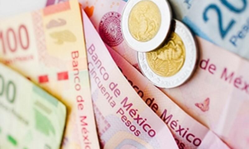 La debilidad del peso frente al dóalr obligó a Banxico a reactivar el mecanismo de subasta de dólares. (Foto: Getty Images )
