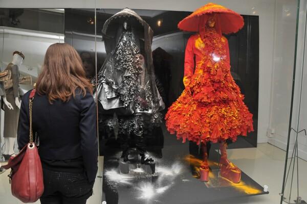 Helena Christensen Visits Musee des Arts Deco