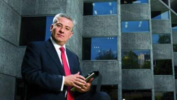 Alfredo Rabell, el coordinador de Soluciones Hipotecarias del instituto indica que se otorgaron 90,000 créditos hipotecarios en 2010. (Foto: Ramón Sánchez Belmont)