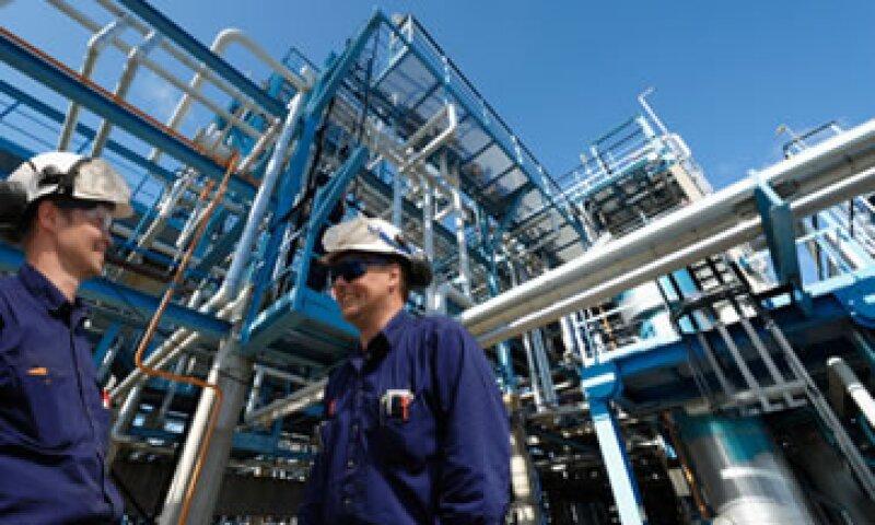 Analistas estiman que la demanda anual de profesionales en petróleo y gas será de hasta 20,000 a corto plazo en Latinoamérica. (Foto: Getty Images)