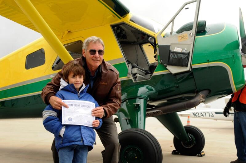 Harrison Ford, avión