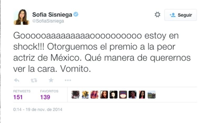 Sofía Sisniega escribió varios tuits en los que compartía su incredulidad ante los argumentos de la primera dama.