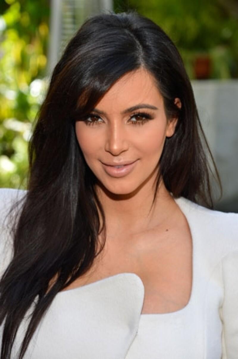 Una fuente cercana a la estrella de televisión, aseguró que Kim quiere que el nacimiento de su bebé se de en un ambiente de paz y como el dinero no es problema, hará de todo para que así sea.