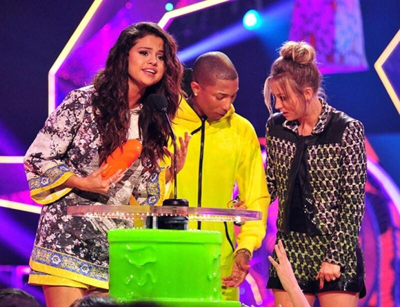 Selena Gomez fue una de las más ovacionadas por el público juvenil e infantil.
