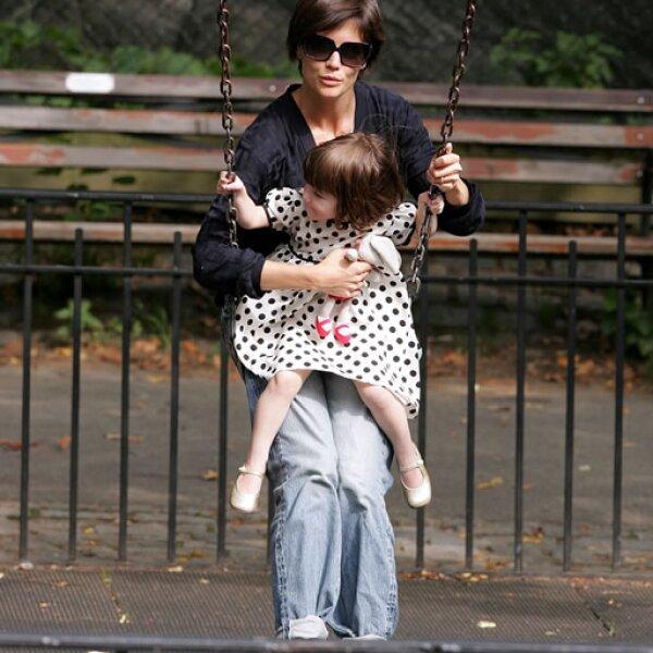 Katie se encargó de darle una niñez normal.