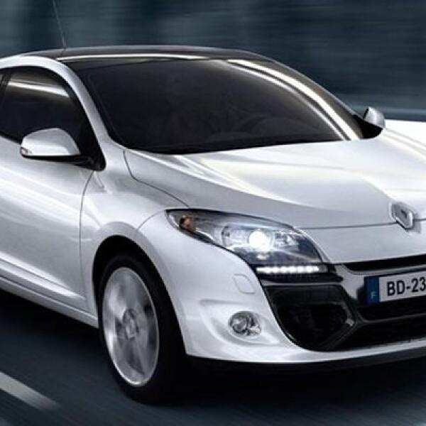 La firma francesa lanzará durante 2012, y en diferentes países, la nueva generación de uno de sus modelos insignia en versiones berlina, Coupé y familiar Sport Tourer.