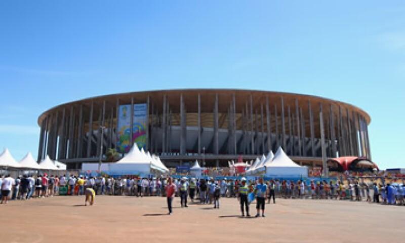 El Estadio Mané Garrincha difícilmente será llenado por la afición del equipo local. (Foto: Getty Images)