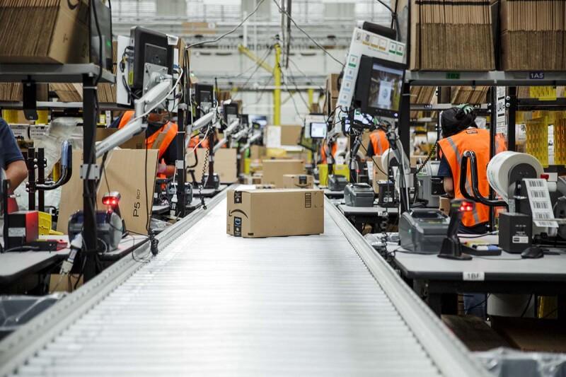 Google se ha metido en el mercado de libros digitales que sólo quiere tener Amazon.