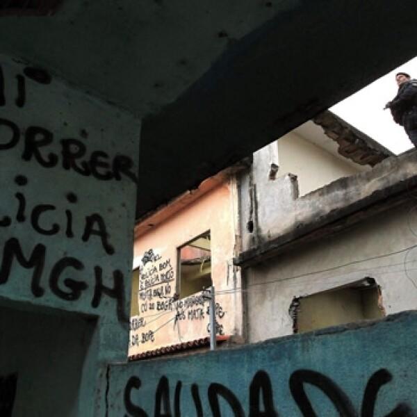 toma de control de la favela manghuinhos