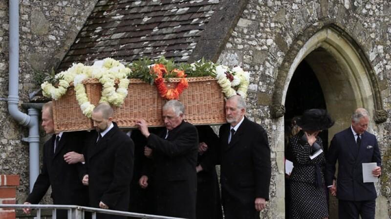 El fallecido escritor era un apasionado de la defensa del medio ambiente por lo que fue enterrado en un baúl biodegradable.