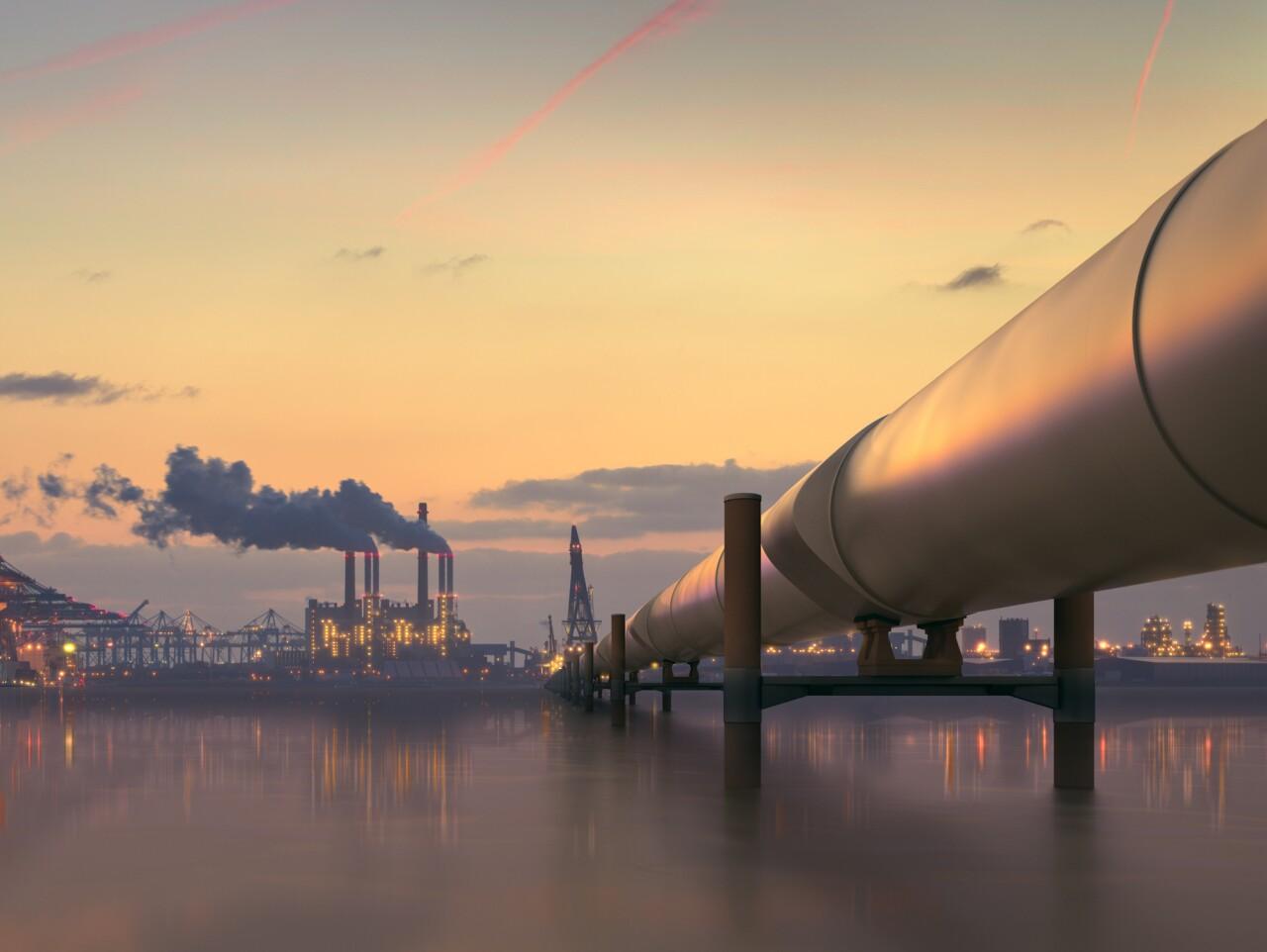 El juez Gómez Fierro suspende provisionalmente reforma a la ley de hidrocarburos