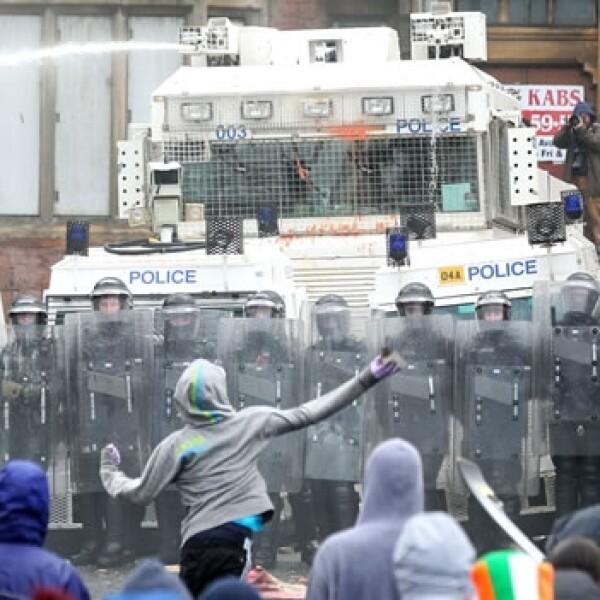 protestantes, disturbios, catolicos