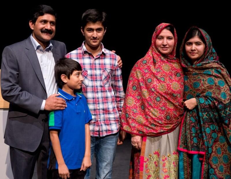 El Comité Noruego del Nobel concedió a Malala Yousafzai este reconocimiento por su activismo a favor de los derechos de los niños. Aquí te contamos su historia.