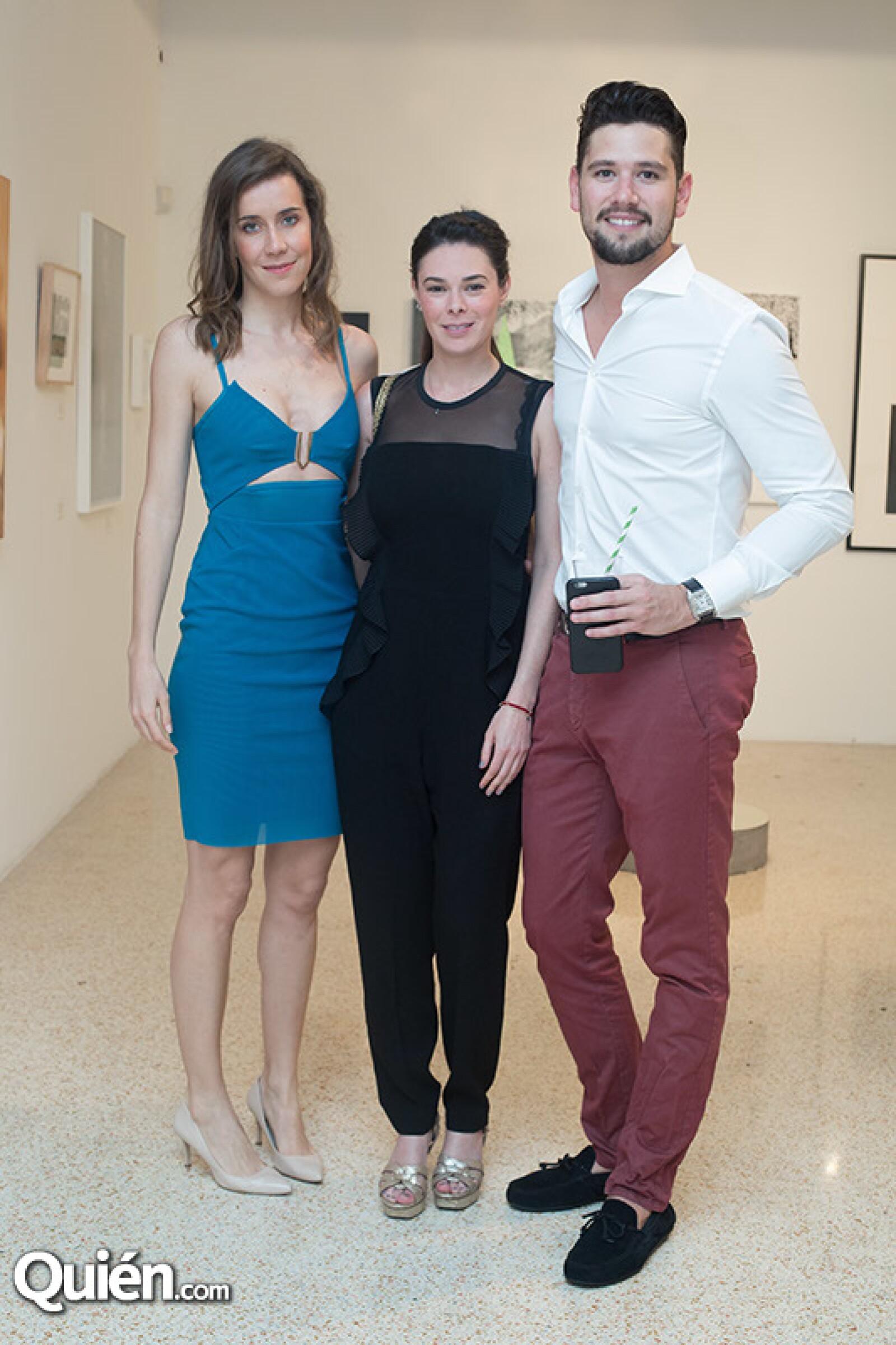 Sol Cano,Karen Weil y Alberto vals
