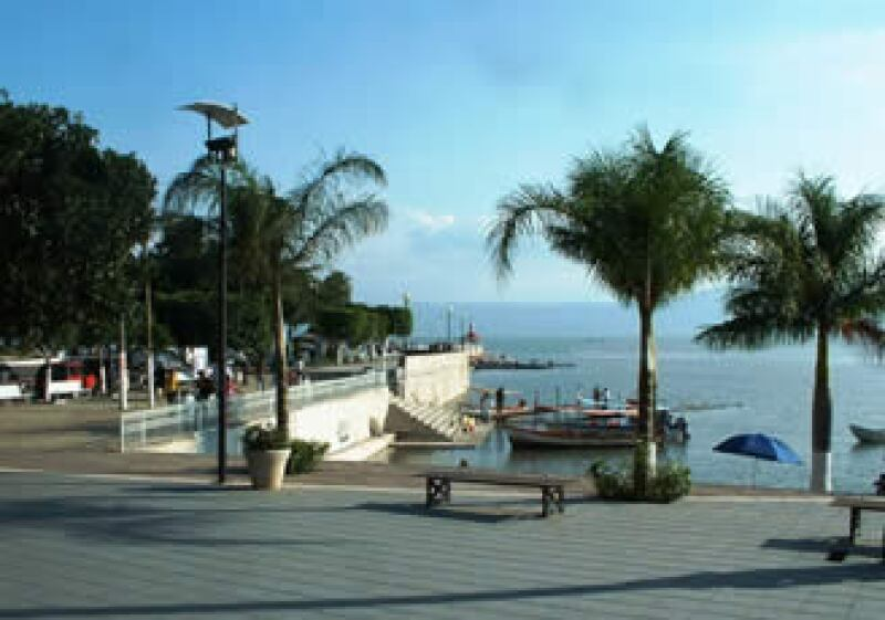 La comunidad de Ajijic, a la orilla del lago Chapala, alberga a 12,000 extranjeros pensionados. (Foto: Especial)