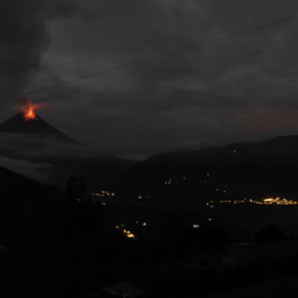 Volcan Pacaya en erupcion