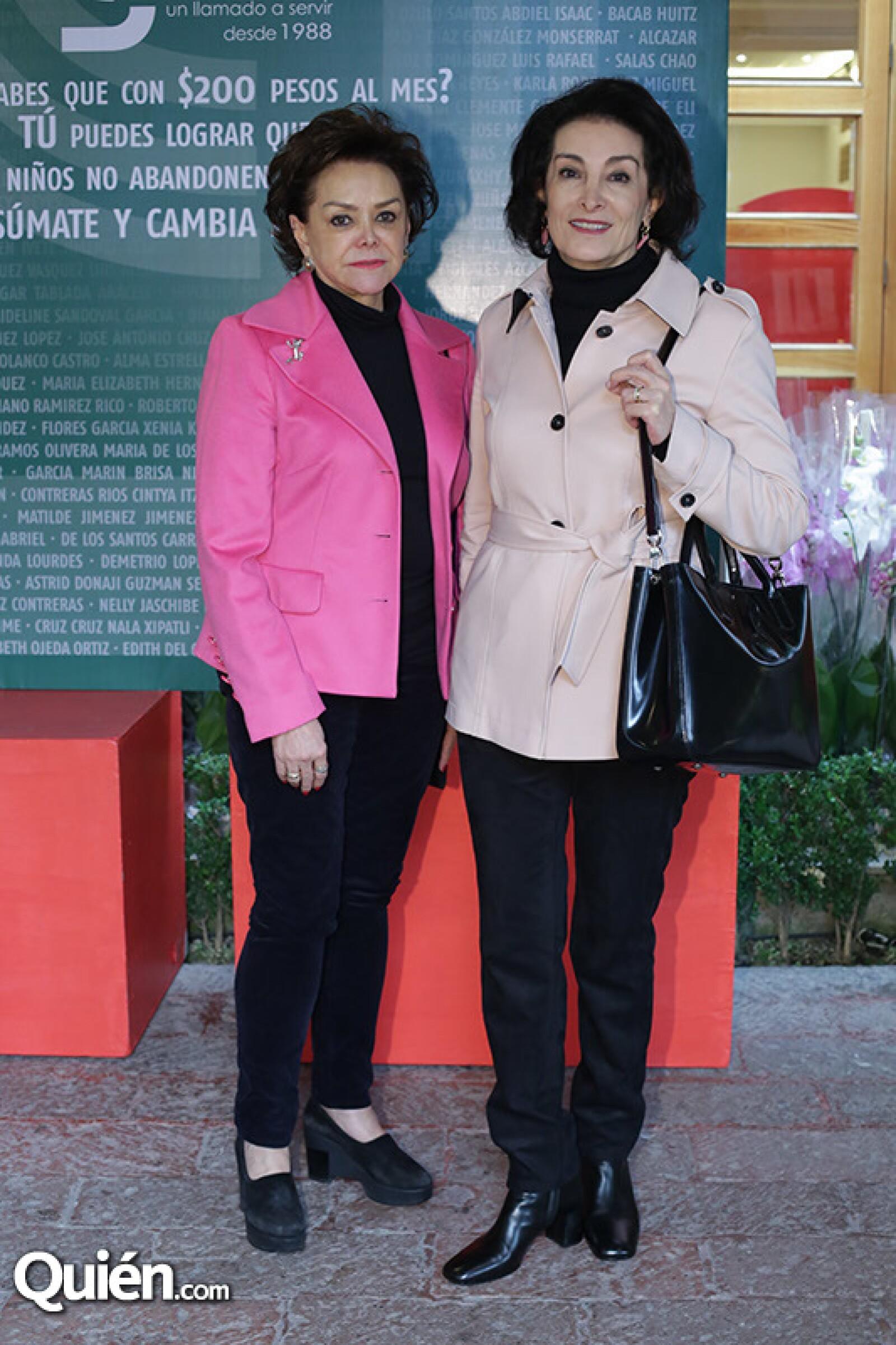 Adriana Salinas y Laila Aboumrad