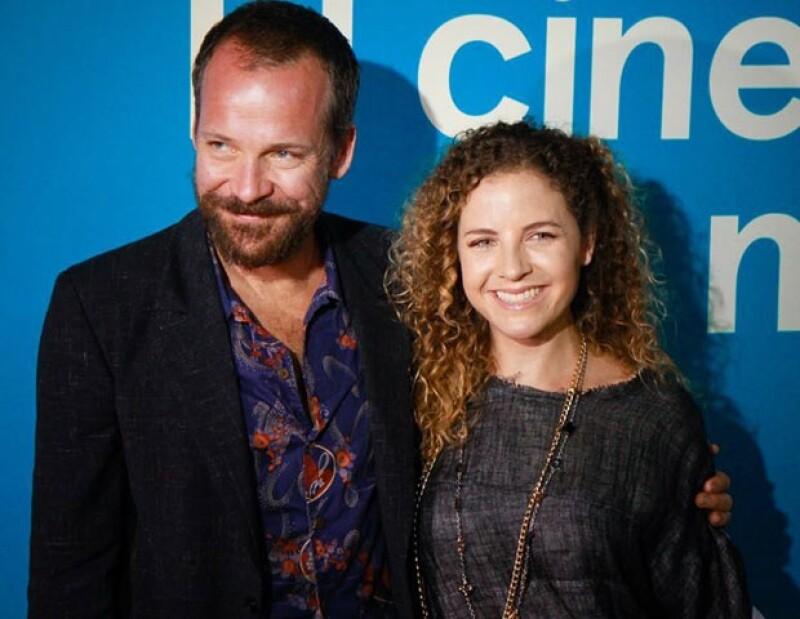 Peter Sarsgaard con Paula Chaurand, directora del Festival Internacional de la Riviera Maya.