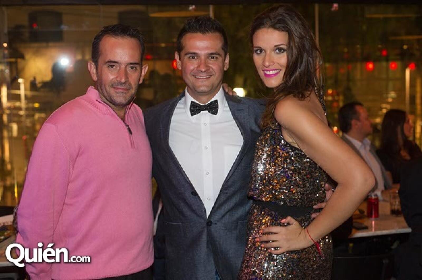 Antonio Cárdenas,Erick González y Elizabeth Ceuleneer