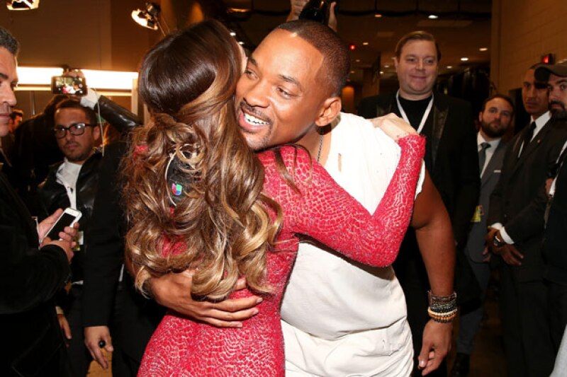 Uno de sus momentos más top fue cuando abrazó a Will Smith.