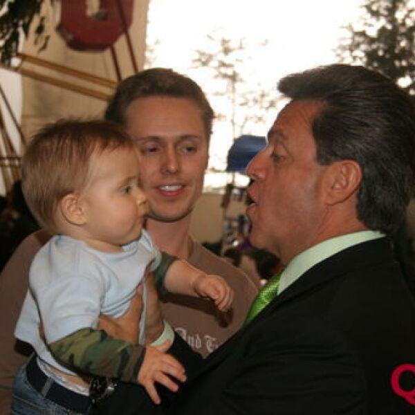 Juan Carlos Peralta, Juan Carlos Peralta Jr, Carlos Peralta