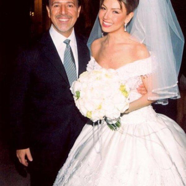 En el 2000 se dio la noticia de que Thalía y Tommy se casarían el dos de diciembre en Nueva York y así fue.