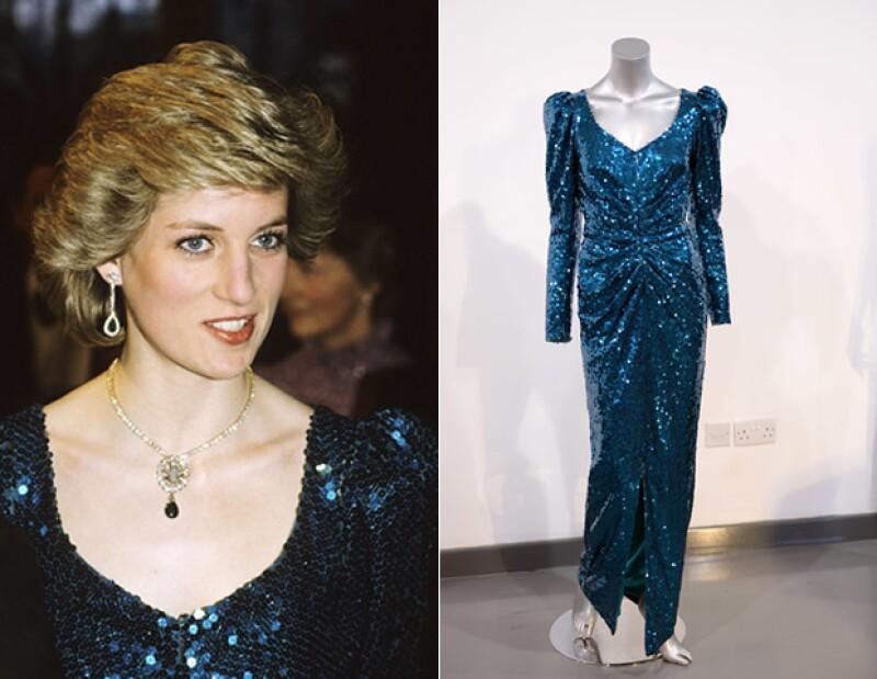 Confeccionado enteramente en lentejuelas,el modelo fue una sorpresa para Diana