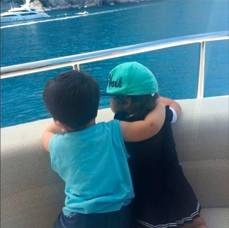 El pequeño Thiago también se encuentra disfrutando de las vacaciones familiares.