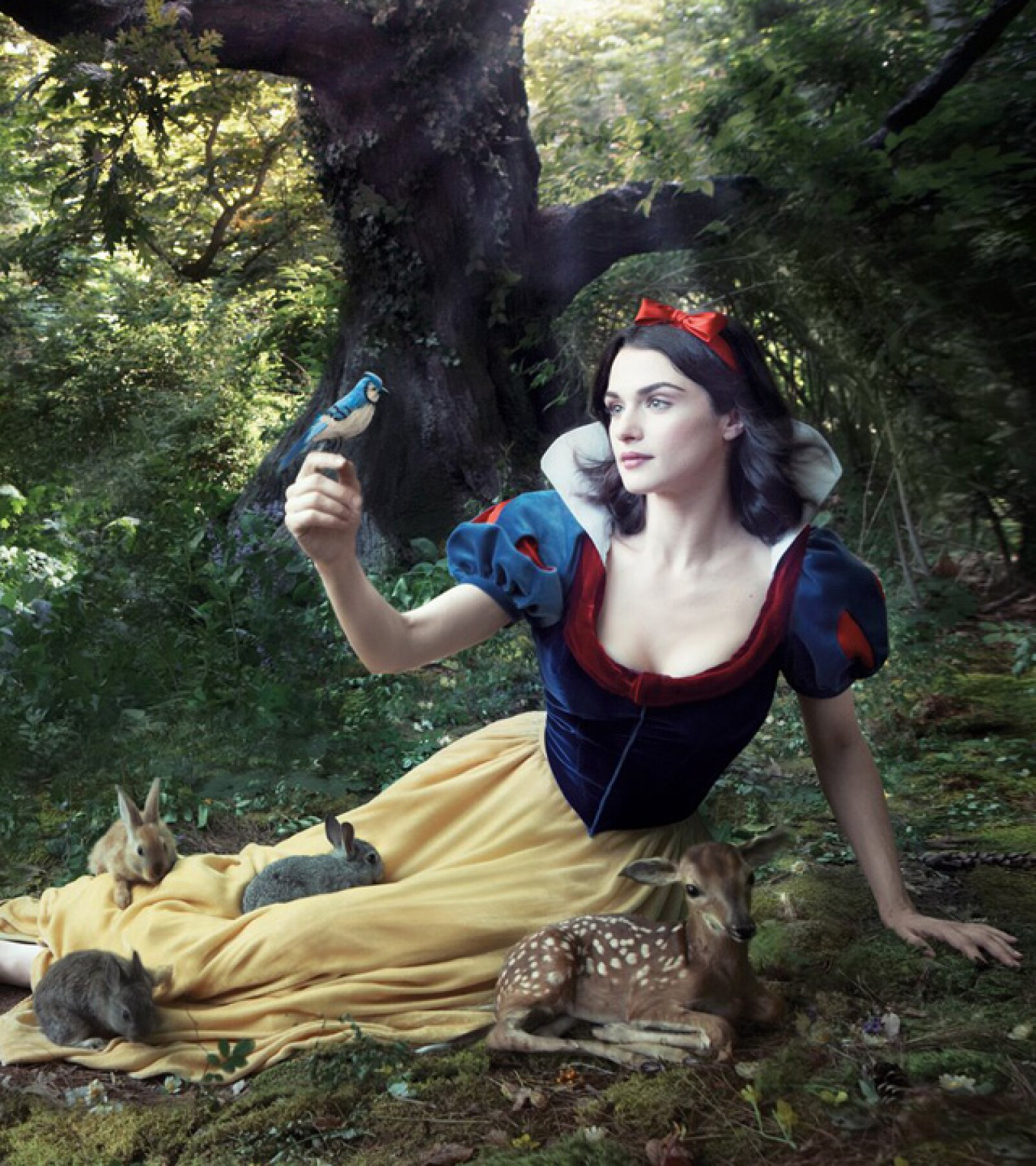 Rachel Weisz dio vida a la inocente Snow White