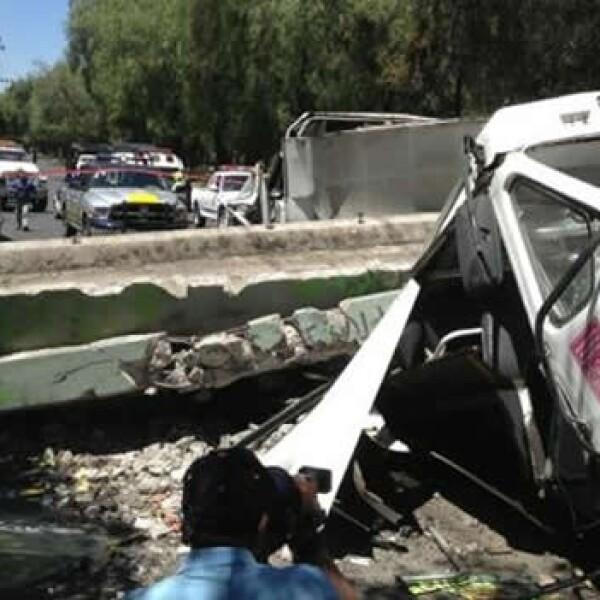 cae puente en ciudad de mexico