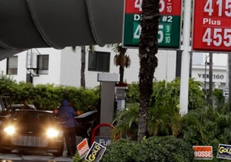 Hasta hace poco la gasolina mexicana llegaba a niveles similares a los registrados en EU. (Foto: AP)