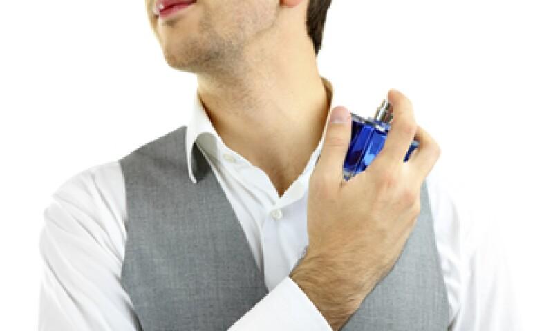El perfume atrapa el compuesto responsable del mal olor del sudor para neutralizarlo. (Foto: iStock by Getty Images )