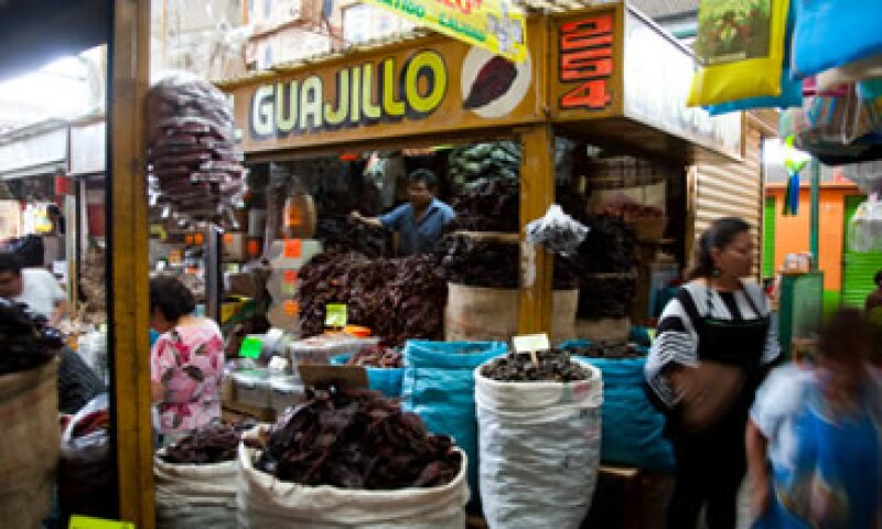 El Banco de México pronosticó que los precios se mantendrán en alrededor de 3.5% en lo que resta del año. (Foto: Archivo)