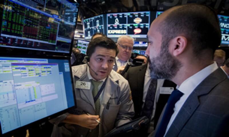 El Nasdaq cayó 2.37% este miércoles. (Foto: Reuters )