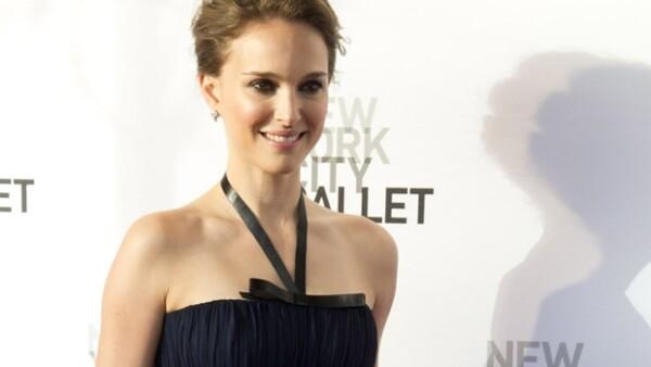 El primer lugar es para la actriz israelí, quien por cada dólar que gana reditúa en casi 43 dólares en taquilla, la novia de Pattinson logra casi 41.