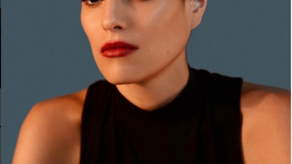 La modelo tapatía Ale Infante, encabeza nuestra lista con sus envidiables cejas que hacen que su mirada sea el centro de atención en cualquier parte que va.