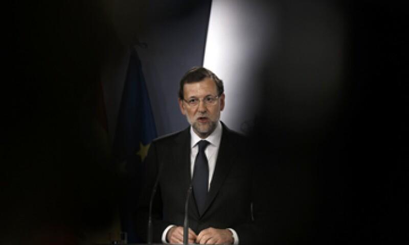 El presidente del Gobierno español pide que el bloque evalúe si debe crecer las facultades del BCE. (Foto: AP)