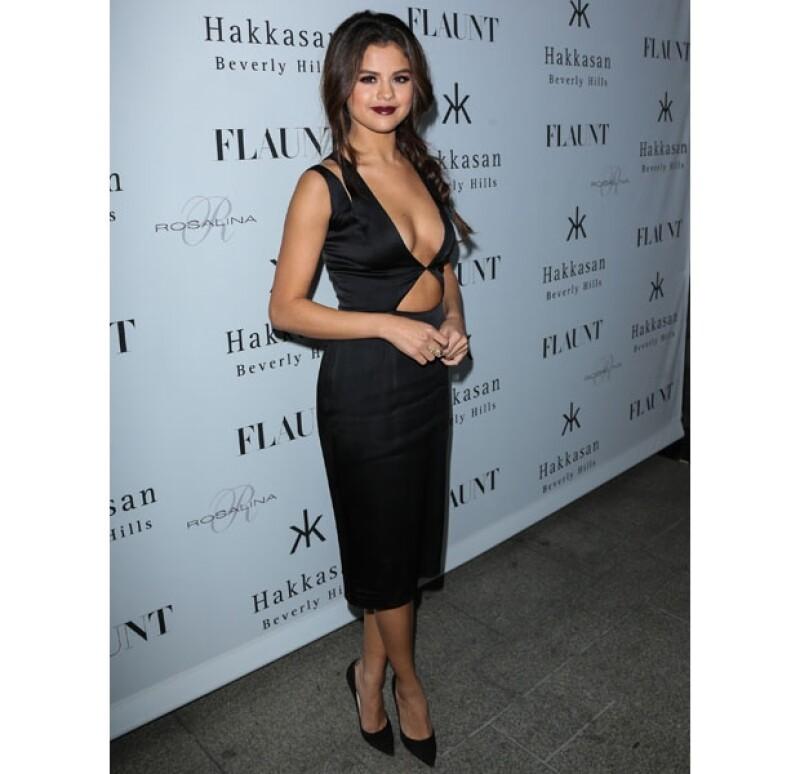 """Después de que Lorde la llamara """"anti feminista"""" por su canción """"Come and get it"""", Selena optó por dejar de cantar """"Royals"""" en sus presentaciones y ayer homenajeó a Perry en concierto."""