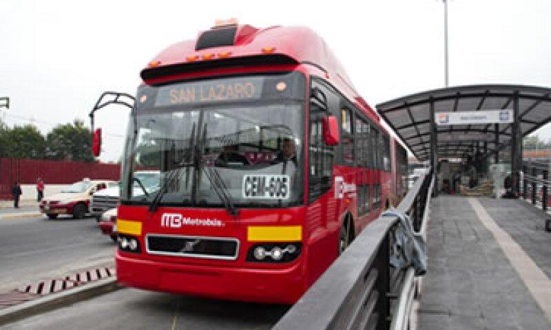 Además del Metrobús, el Metro y el Tren Ligero tendrán restricción de crédito. (Foto: Getty Images)